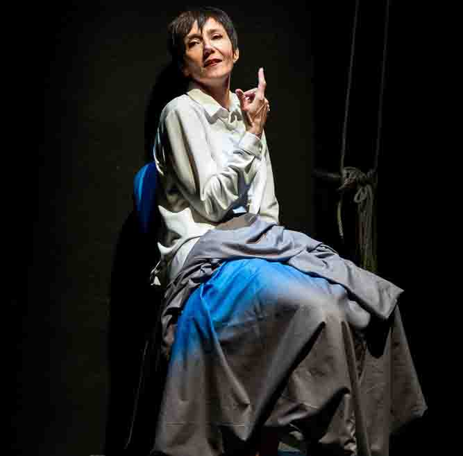 "Elsa Bossi al Teatro de LiNUTILE di Padova con ""Ada. La solitaria"""