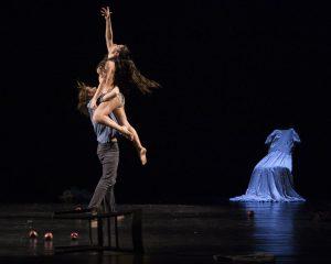Romanza, trittico dell'intimità di Twain physical dance theatre